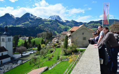 Do Szwajcarii z testem czy bez? Travelcheck podpowie