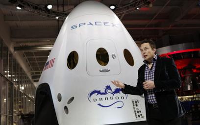 Astronauci polecą w piątek używaną rakietą Elona Muska