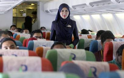 Malezja: Obowiązkowa modlitwa w samolocie