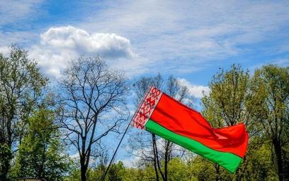 Białorusini przejadają oszczędności