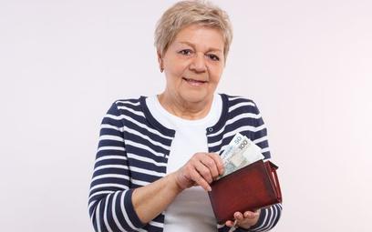 Od 1 czerwca wyższe limity dla dorabiających emerytów