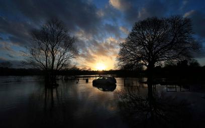 Brytyjczycy będą mieć superkomputer do prognozowania pogody