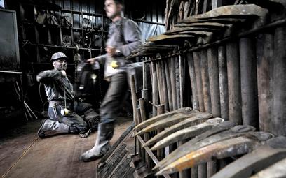 12 kopalń staje w obliczu koronawirusa. Związki zawodowe protestują