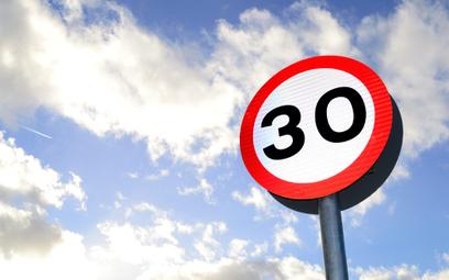 Hiszpania wprowadza drastyczne ograniczenia prędkości w miastach