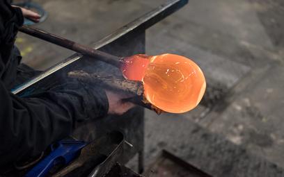 Przełom w optyce. Polska firma wydrukuje szkło w 3D
