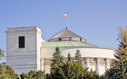 Przymusowe szczepienia - ostra debata w Sejmie