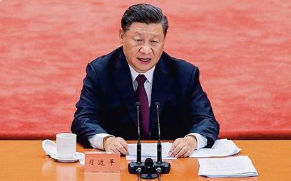 Xi Jinping, prezydent Chin, dąży do zwiększenia kontroli KPCh nad biznesem