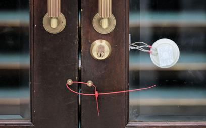 Zaplombowane drzwi w Sejmie