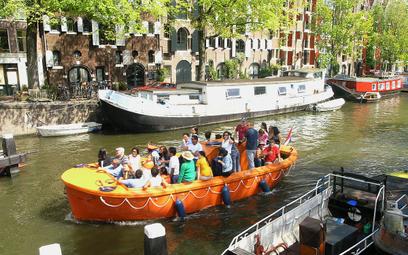 Amsterdam droższy dla turystów