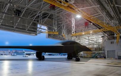 Według informacji US Air Force w zakładach Northrop Grumman w Palmdale rozpoczęto prace przy drugim
