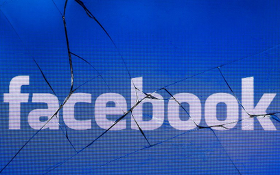 Co czwarty Amerykanin usunął Facebooka z telefonu