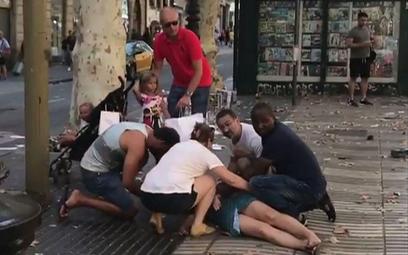 13 ofiar śmiertelnych po zamachu w Barcelonie