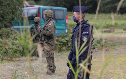 """Kryzys na granicy z Białorusią na okładce """"New York Times"""""""