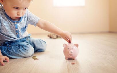 Rodzinny kapitał opiekuńczy: 12 tys. zł dyskryminuje część dzieci