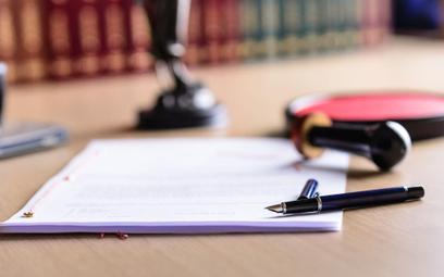 TSUE: akt poświadczenia dziedziczenia wystawiony przez notariusza to nie orzeczenie