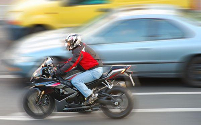 Kierowcy są świadomi powszechnego łamania ograniczeń, ale większość z nich nie widzi w tym nic złego