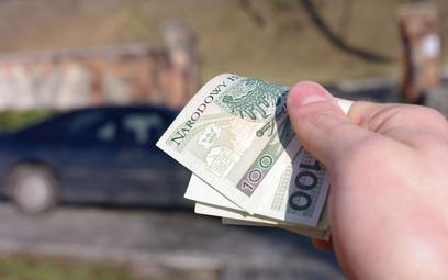 Polski Ład PiS: będzie większy podatek za służbowy samochód