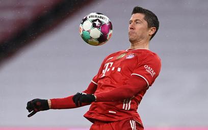 Lewandowski strzela, Bayern traci punkty