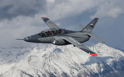 Prototypowy samolot szkolno-treningowy Leonardo M-345. Fot./Leonardo.