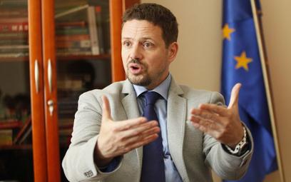 Trzaskowski: Europa daje ostatnią szansę rządowi PiS