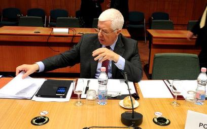 Minister finansów Portugalii Fernando Teixeira na spotkaniu Eurogrupy