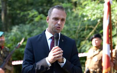 Prezes IPN rozwiązał umowę o pracę z dr. Greniuchem