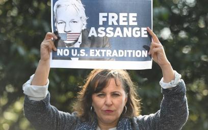 Potężne cyberataki na Ekwador po wydaniu Assange'a