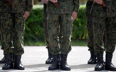 Uczniowie mogą być wartownikami w wojsku