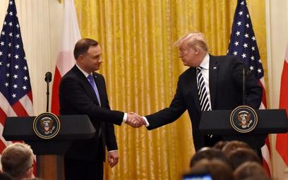 Pokerowa zagrywka Andrzeja Dudy w relacjach z Donaldem Trumpem