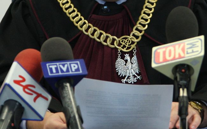 Szkolenia medialne dla sędziów na uczelni Tadeusza Rydzyka w Toruniu