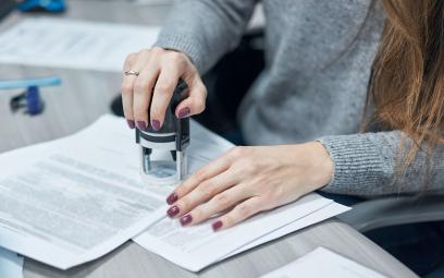 Kiedy wykładnia przepisów jest korzystna dla strony postępowania administracyjnego?