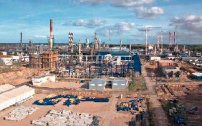 Budowa nowych instalacji rafineryjnych w ramach Projektu EFRA trwa od roku. Postęp jest szybszy, niż