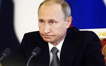Rosyjska ropa na minusie, producenci dopłacają za odbiór surowca