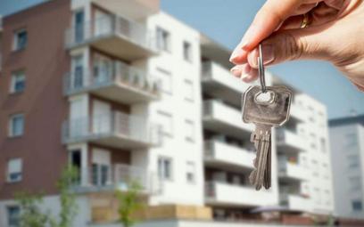 Mieszkania wyszły z cienia. Ceny galopują