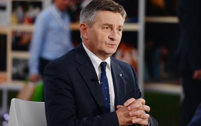 Marszałek Kuchciński nie zapełnił sali
