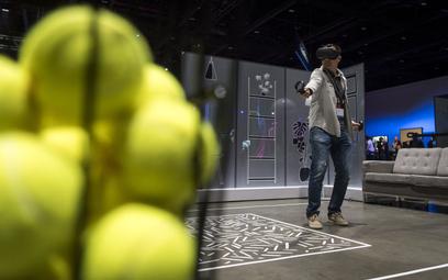 Wirtualna gra w tenisa z wykorzystaniem gogli Oculus Quest