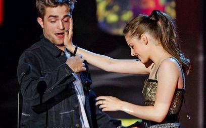 Robert Pattinson i Kristen Stewart trzy tygodnie temu podczas gali MTV Movie Awards w Los Angeles od