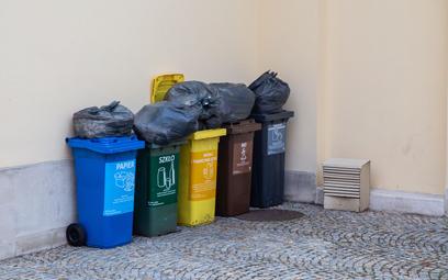 Wysokie opłaty za śmieci do zwrotu?