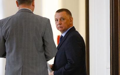 Szef NIK Marian Banaś wydał oświadczenie. Atakuje Kamińskiego i Ziobrę