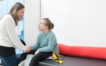 Świadczenie pielęgnacyjne także dla opiekunów dziecka niepełnosprawnego, którzy pobierają wcześniejszą emeryturę