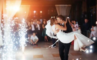 Rząd zakaże organizacji wesel w części Polski?