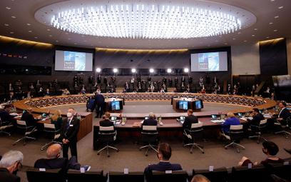 Szczyt NATO: Odwet militarny w przypadku ataku z kosmosu
