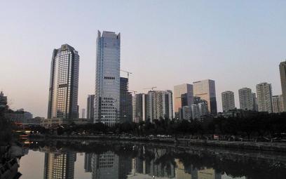 Chiny: Sztuczny księżyc zastąpi miejskie latarnie