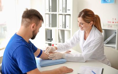 Badania pracownika po długotrwałym zwolnieniu lekarskim