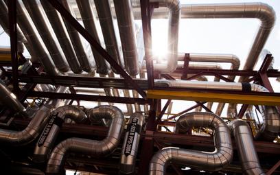 Brudna ropa z Rosji uszkodziła rafinerie na długie miesiące