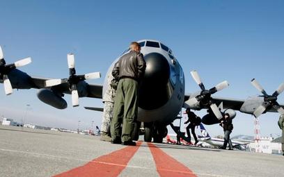 Hercules C-130 na warszawskim Okęciu