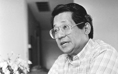 Benigno Aquino w młodości pracował jako dziennikarz. Później był jednym z głównych przeciwników reżi