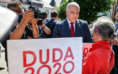 Z ramienia rządu za organizację głosowania odpowiadał minister aktywów państwowych Jacek Sasin