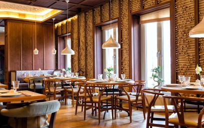 Hotele i restauracje zastosują kasy online później