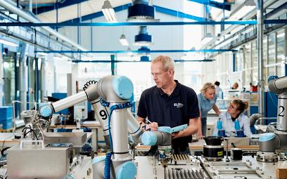 Robot do firmy teraz też w leasingu